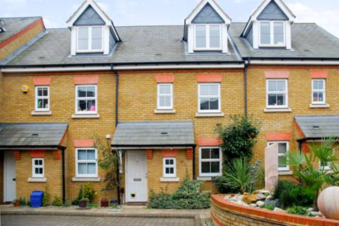 View full details for Tersha Street, Richmond, TW9