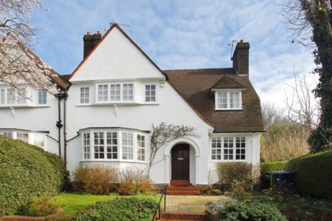 View full details for Willifield Way, Hampstead Garden Suburb, NW11