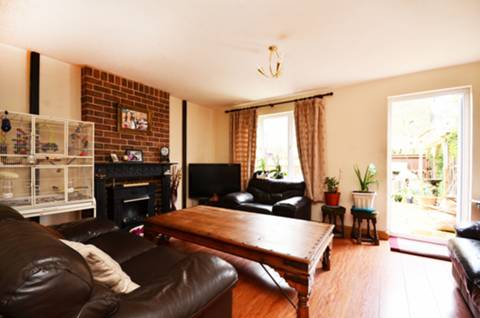 View full details for Gordon Road, Peckham, SE15