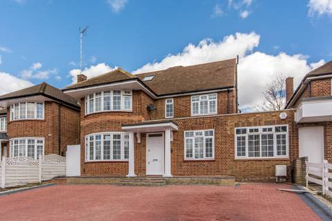 View full details for St Marys Avenue, Finchley, N3