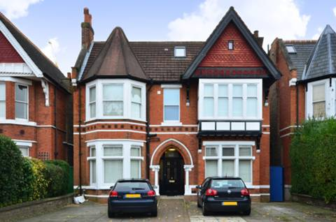 View full details for Gordon Road, Ealing Broadway, W5