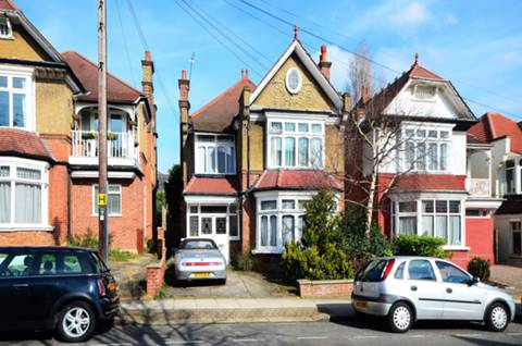 View full details for Compton Road, Winchmore Hill, N21