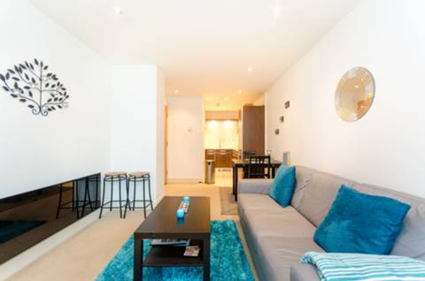 View full details for Flat 17, Vauxhall, SE1