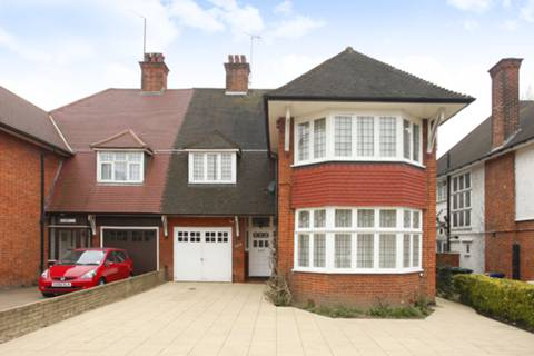 View full details for Finchley Road, Golders Green, NW11