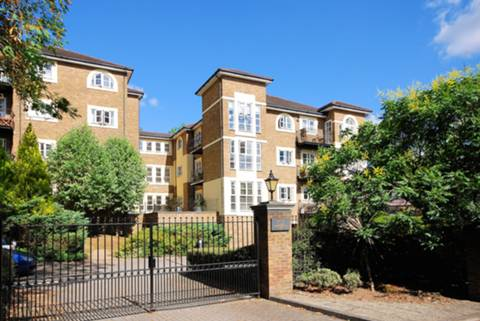 View full details for Queens Road, Richmond, TW10