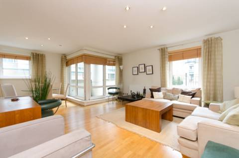 View full details for Beckford Close, Earls Court, W14
