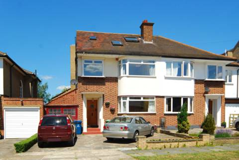 View full details for Compton Rise, Pinner, HA5