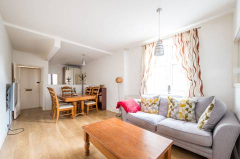 View full details for Drake House, Stepney, E1