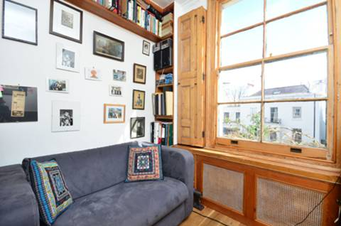 View full details for Albion Road, Stoke Newington, N16