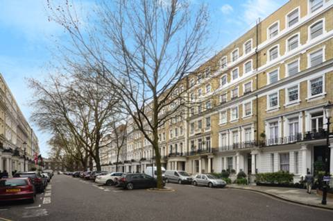 View full details for Beaufort Gardens, Knightsbridge, SW3