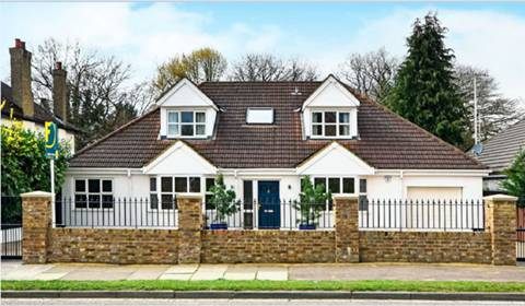 View full details for Park Road, East Barnet Village, EN4