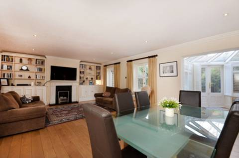 View full details for Georgette Place, Greenwich, SE10