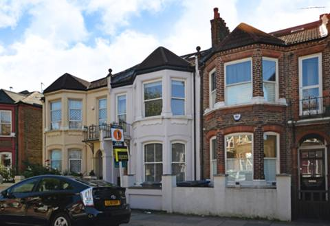 View full details for Bathurst Gardens, Kensal Rise, NW10