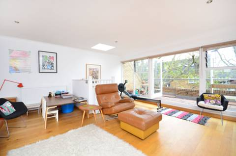 View full details for Napier Terrace, Angel, N1