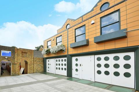 View full details for Holinser Mews, Ealing, W5