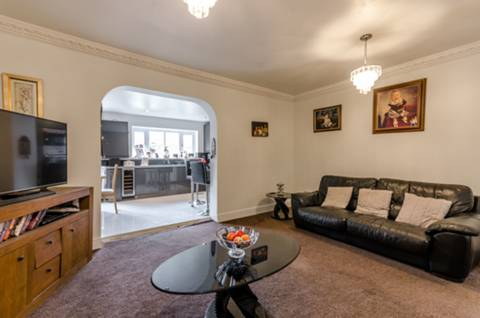 View full details for Kingfield Street, Isle Of Dogs, E14