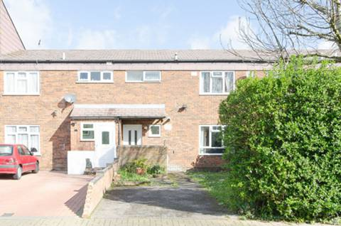 View full details for James Bedford Close, Pinner, HA5