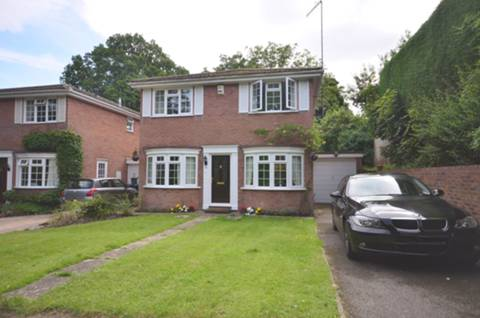 View full details for Woodend Close, St Johns, GU21