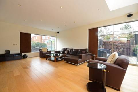 View full details for Lyford Road, Wandsworth, SW18
