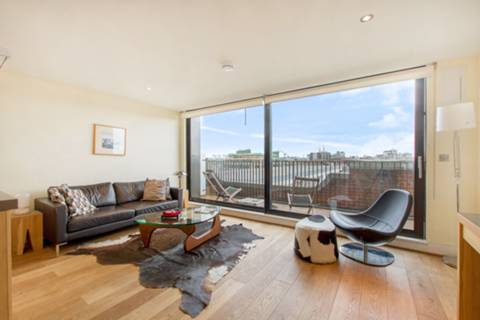 View full details for Great West Road, Ravenscourt Park, W6