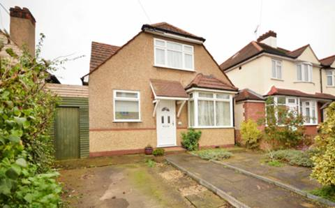 View full details for Carrington Avenue, Hounslow, TW3