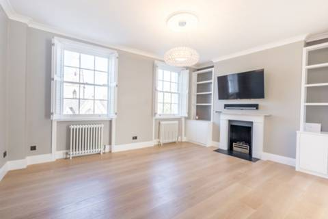 View full details for Thornhill Crescent, Barnsbury, N1
