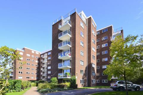 View full details for Minster Court, Ealing, W5