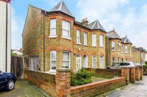 View full details for Coldershaw Road, Northfields, W13