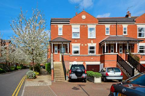 View full details for Massingberd Way, Tooting Bec, SW17