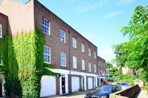 View full details for Chiswick Mall, Chiswick Mall, W4