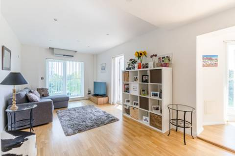 View full details for Uxbridge Road, Ealing, W5