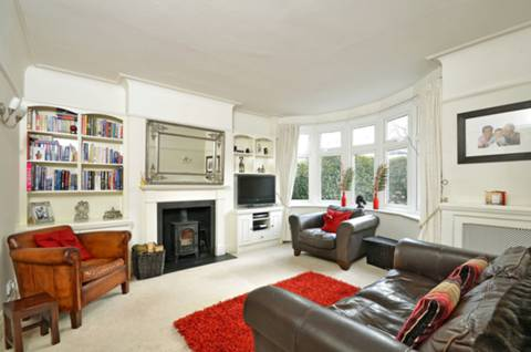 View full details for St Margaret's Road, St Margarets, TW1