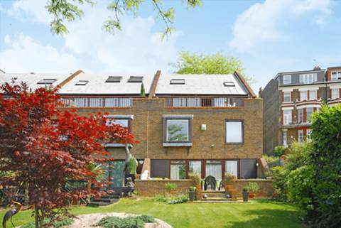 View full details for Northumberland Place, Richmond Hill, TW10