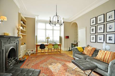 View full details for Knollys Road, Streatham Hill, SW16