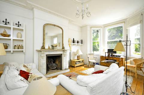 View full details for Sutton Lane North, Chiswick, W4