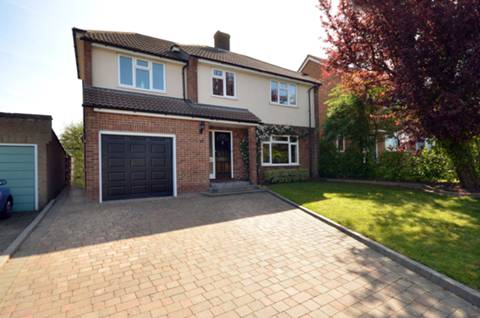 View full details for Orchard Close, Normandy, GU3