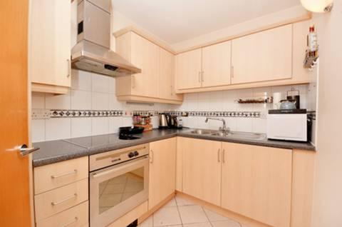 View full details for Prescot Street, Aldgate, E1