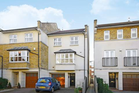 View full details for Lattimer Place, Corney Reach, W4