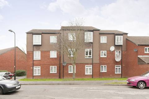 View full details for St Pauls Close, Ealing Common, W5
