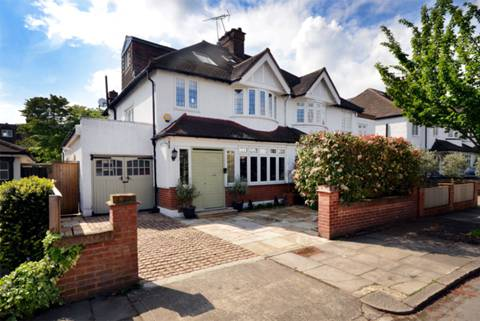 View full details for Kinnaird Avenue, Grove Park, W4
