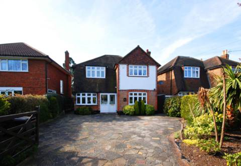 View full details for Salisbury Road, Worcester Park, KT4