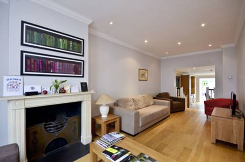 View full details for Smith Terrace, Chelsea, SW3