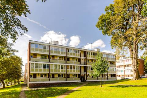 View full details for Ibsley Gardens, Roehampton, SW15