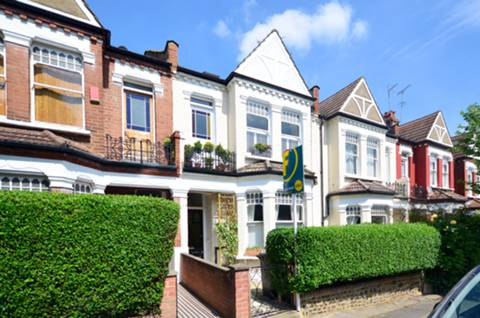 View full details for Greenham Road, Muswell Hill, N10