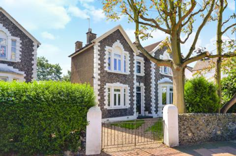 View full details for Mellison Road, Tooting, SW17