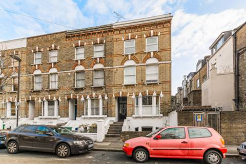 View full details for Davenant Road, Archway, N19