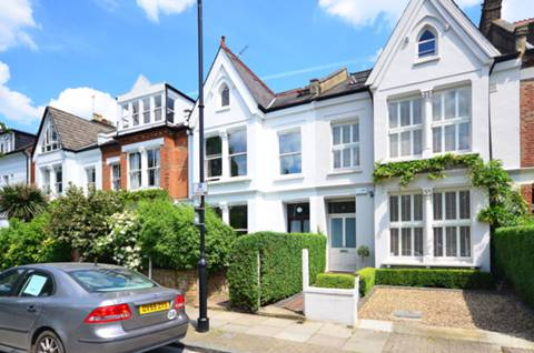 View full details for Ashmount Road, Whitehall Park, N19