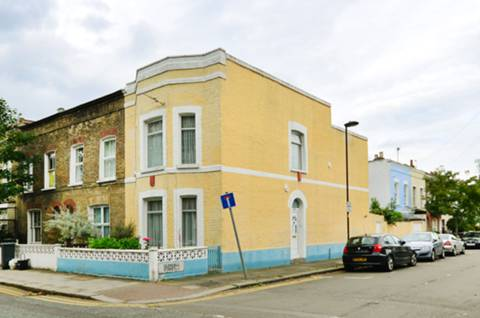 View full details for Ferndale Road, Clapham North, SW9