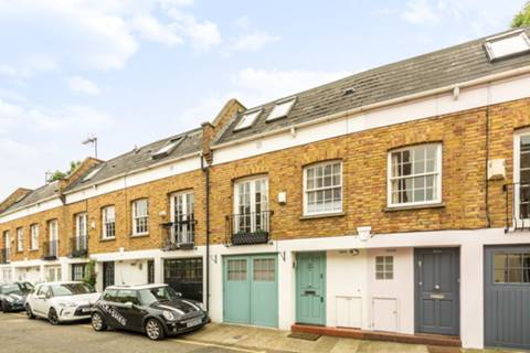 View full details for Royal Crescent Mews, Holland Park, W11