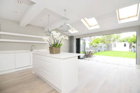 View full details for Burntwood Lane, Earlsfield, SW17